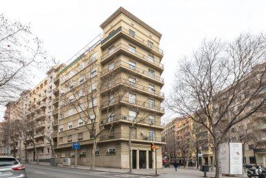 Piso en venta Barcelona, a reformar, Sagrada Familia
