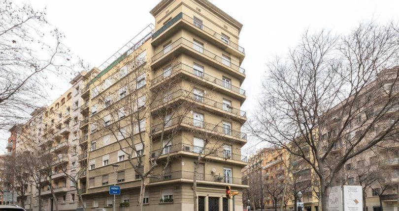 Piso en venta Barcelona, a reformar en Sagrada Familia